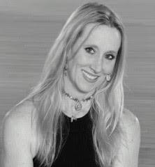 LoriLee Gillmore Headshot